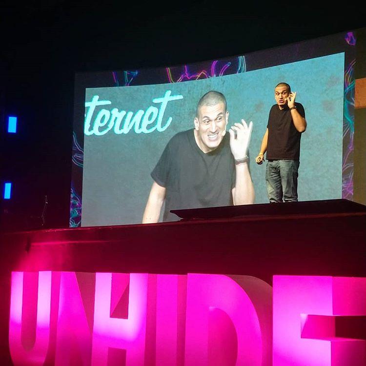 Gaveta lota auditório da UNHIDE Conference