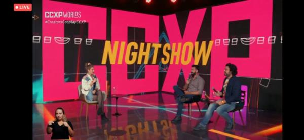 Affonso Solano e Diogo Braga entrevistam Carol Moreira no CCXP Worlds Night Show
